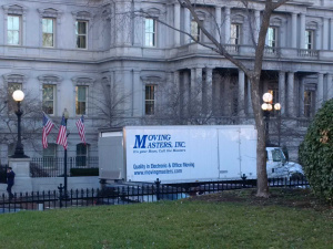 moving-truck-at-white-house-jan-4-2017